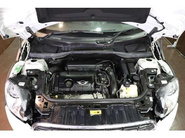 振動・音共に問題なしの好調エンジン!整備はもちろんクリーニングも抜かりなく致します。