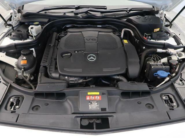 ●エンジンルーム:当店では、第三者機関による外部鑑定を導入。当店でもJAAA・AISの二社による鑑定をおこない、鑑定書を発行しております。※一部外部鑑定を実施しないお車もございます