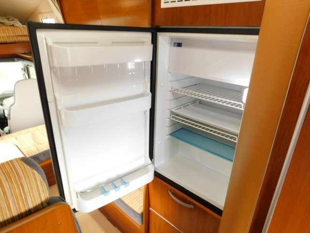 DC12V冷蔵庫 90L