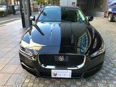 ジャガー XE の中古車 ピュア 2.0L P200 東京都中央区 288.0万円