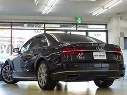 Audiならではのドライブセレクトとアダプティブエアサスペンションが標準装備され、様々な運転シーンごとに、意のままに走りを選び楽しむことが出来ます!!