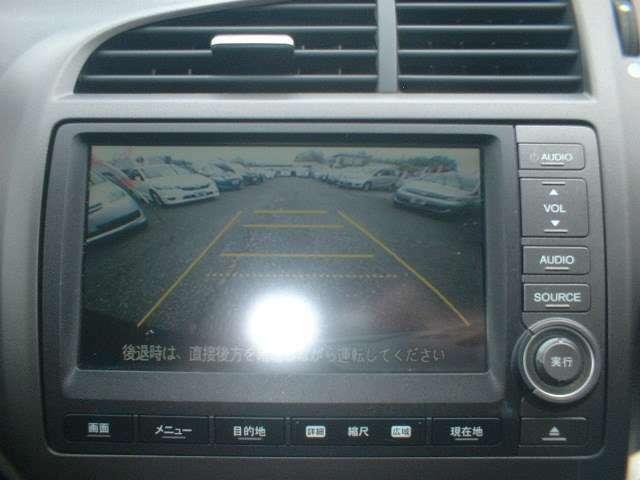 駐車に便利なRカメラ付きです!!