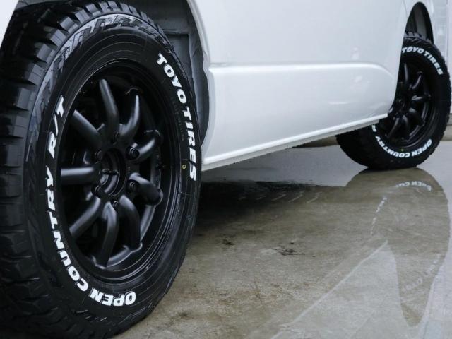 新品ディーン16インチアルミホイール、新品グッドイヤーナスカータイヤ16インチを装着しており、足回りも印象的な1台となっております!!