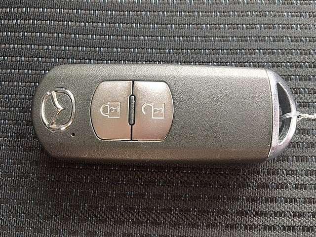 アドバンストキー付きです!鍵を出さず、ポケットやかばんの中に入れたままでも解錠できます!かなり便利な装備です!一度使えばクセになります!