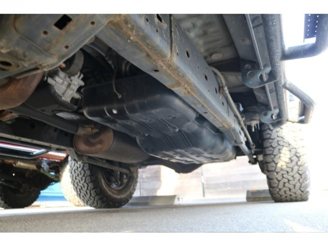 堅牢なラダーフレーム車!パートタイム式4WDとの組み合わせで、本格4WDですね!