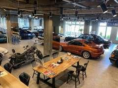 2019/4~新規オープン!国産外車問わず常時10台以上展示販売中!ごゆっくりご覧ください♪