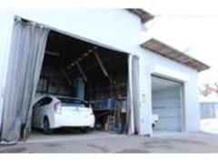 整備ブース完備しています!!お客様のお車を安心してお任せください!!