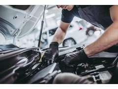 弊社では整備工場も完備しておりますので、車検・修理・ボディコーティング・各種カスタム何でもご相談下さい♪