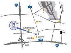 Bが店舗展示場。Sには福祉車両が展示してございます。
