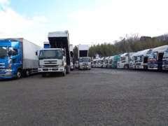 各種トラック取り揃えております。