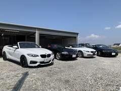 BMWのカブリオレをメインに展示しております。