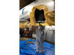 当店では、お客様のクルマを長持ちさせることが重要だと考えます。納車時は点検整備とともに下廻りの塩害防止塗装を行います!