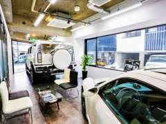 車検・修理・鈑金・カスタム・コーティング等も承っております。