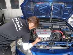 納車のお車は全車オイル・エレメント交換無料でさせて頂きます。