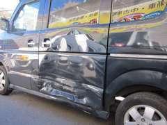 事故・故障のお車のお困り事は何でもお気軽にお声掛けください♪板金修理もぜひ声をかけてください♪