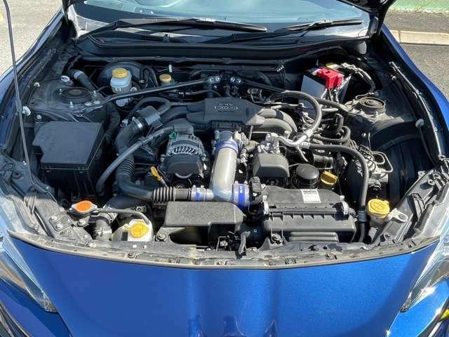 2.0L水平対向エンジン ストレスなく高回転まで吹け上がります!