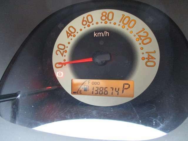 メーターパネル、走行距離は約13.9万KM