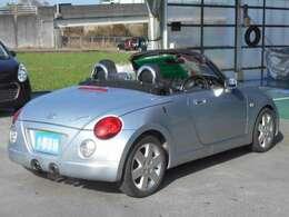 ヘッドライトにクスミも無く、外装もしっかり綺麗にしていますので、是非、お確かめください。納車時にはもう一度キレイにいたしますよ!安心の全車保証付(別途)になっております!