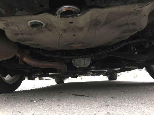 当社のお車は、錆が少ないお車を厳選して仕入れしています!中古車選びは価格・装備・状態が重要です!錆びは取り除くことは出来ません!!是非くらべて頂ければ違いは解ります!是非ご来店お待ちしています!