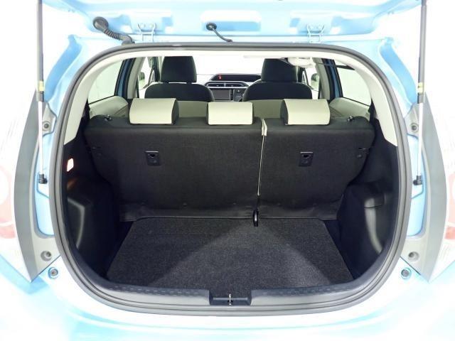 ラゲッジスペースも十分な広さを確保しております!ちょっとしたお買い物時にも荷物をたっぷり積めて便利です!