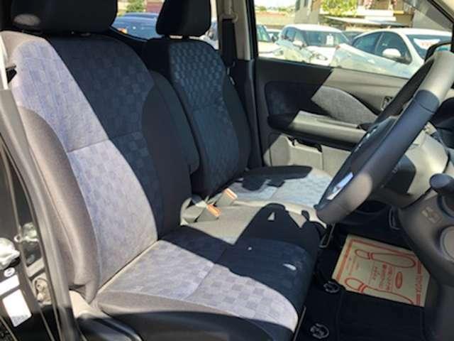 全従業員が損保一般資格保有者なので自動車保険も安心!