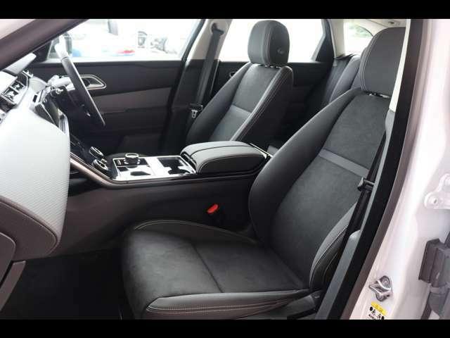 シートは座面やホールド感を含め座り心地がよく設計されております。また助手席も使用感はなくきれいな状態を保って入庫しております。