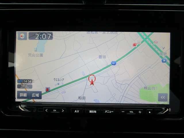 社外7インチナビ搭載!フルセグテレビも見れ、Bluetooth機能やバックカメラも付いています!