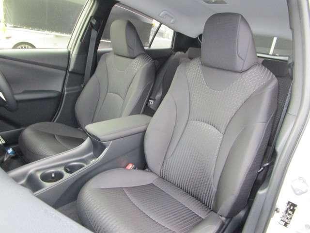 座り心地の良いファブリックシートです!こちらはシートカバーをお付けすることも可能です!
