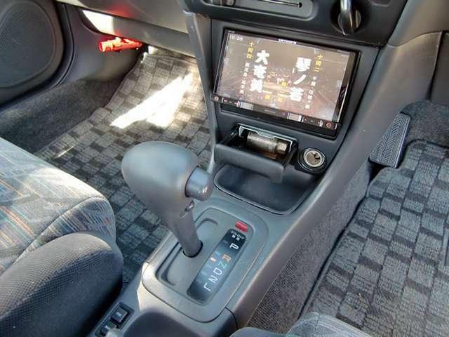 Carrozzerria製AVIC-RZ09楽ナビ装着-地デジは勿論、ブルートゥースで音楽やハンズフリーが利用可能です-リモコン装着済