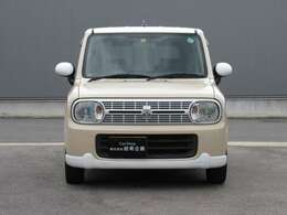 走行距離89000km!!ベージュ×ホワイトの可愛いお車です!!