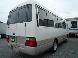 トヨタ コースター 9人乗りキャンピング 助手席左ドア付き リヤ観音扉