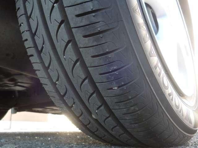 タイヤの溝もたっぷり残ってます♪