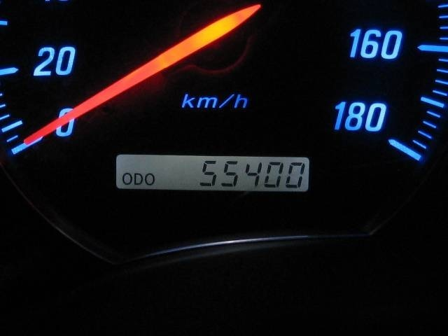 正確な走行距離は55400キロです。走行の少ないディーラーにてキチンと整備された良質車です。