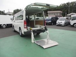 トヨタ ハイエースバン 2.0 DX ロング 低床 リフト付き 1.2t積