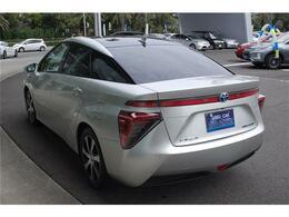 水素自動車MIRAIまたまた入荷しました・pインチナビ・バックモニター・ヒーター付白革シート・おくだけ充電・詳細はHP(http://auto-panther.com)をご覧下さい!