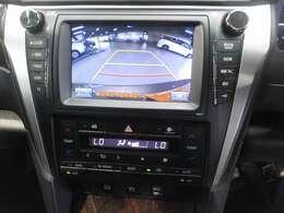 安全性もよく、障害物や車庫入れの際の確認も取れるバックカメラです!!