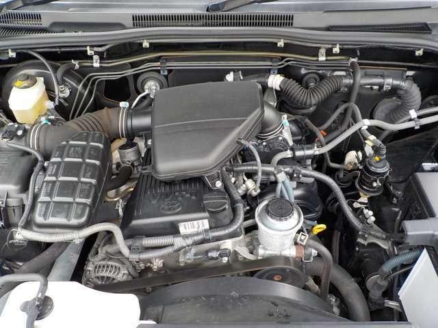 ☆タイミングチェーン式エンジンで交換不要のメンテナンスフリーエンジン♪オイル交換をまめにしていれば20万km、30万km乗れるとても丈夫なエンジンです♪