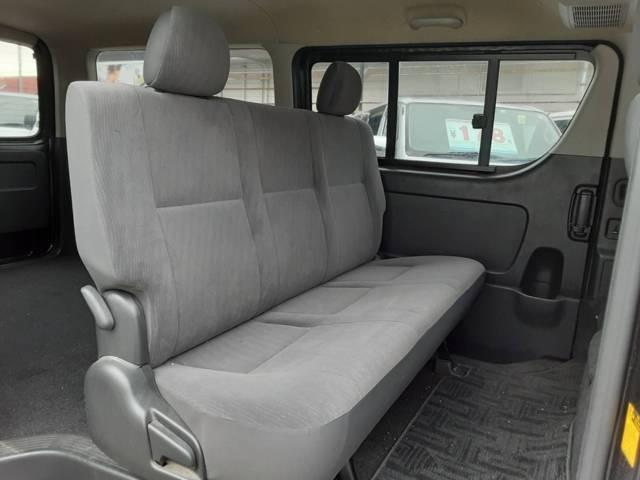 GLならではのゆったりシートで,長距離運転も快適です