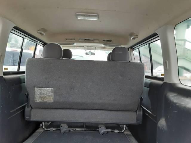 ダブルエアコンで、後ろの座席も快適です