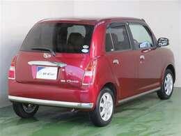 車体がコンパクトで小回りが効きます。狭い道でも走りやすいクルマです。