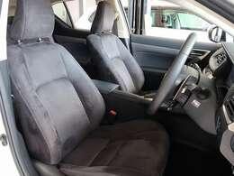 フロントシートはシートヒーターが装備されています。