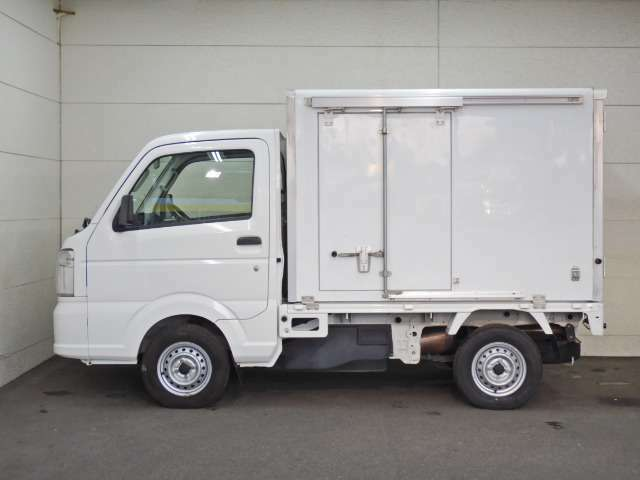 車両総重量1300kg 最大積載量350kg