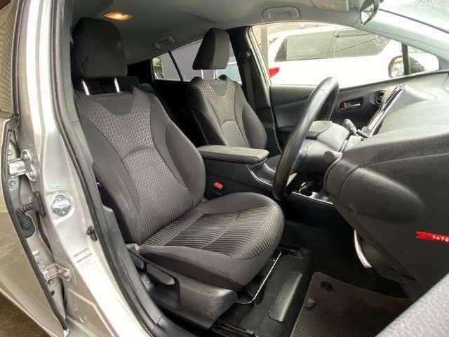 平成29年式 トヨタ プリウス 入庫しました。株式会社カーコレ湘南店は【Total Car Life Support】をご提供してまいります。http://www.carkore-shonan.com