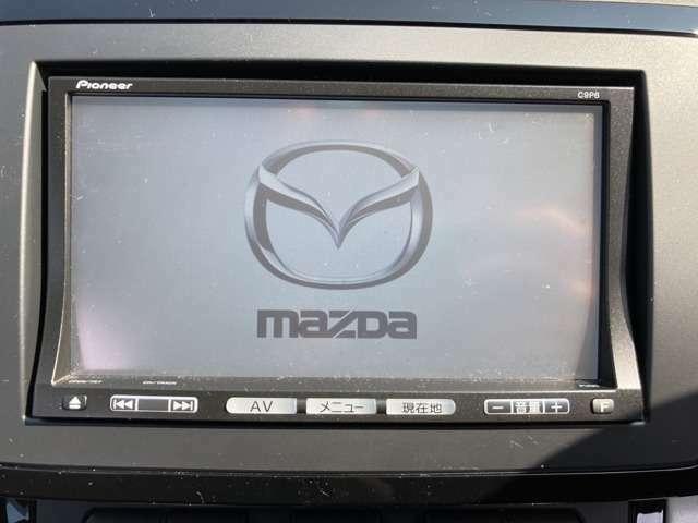 【メモリーナビ】CD・DVDの再生やフルセグTVの視聴も可能です☆高性能&多機能ナビでドライブも快適ですよ☆