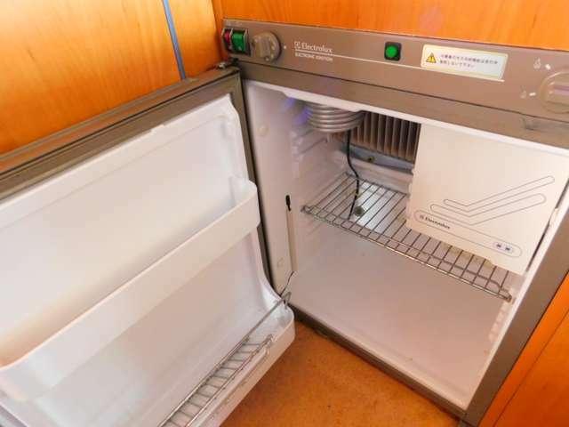 3Way冷蔵庫(AC100V・LPガス・メインバッテリー12V)