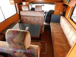 バンテック製 ジル 9名乗車 6名就寝 8ナンバーキャンピング登録