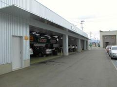 工場も併設、ディーラーでしかない、診断機で、お車を内部まで、チェックできます!