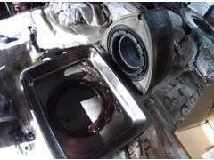 『レシプロからロータリーまで』 あらゆるエンジンを自社でオーバーホール。特殊加工や表面処理等で今まで以上を。