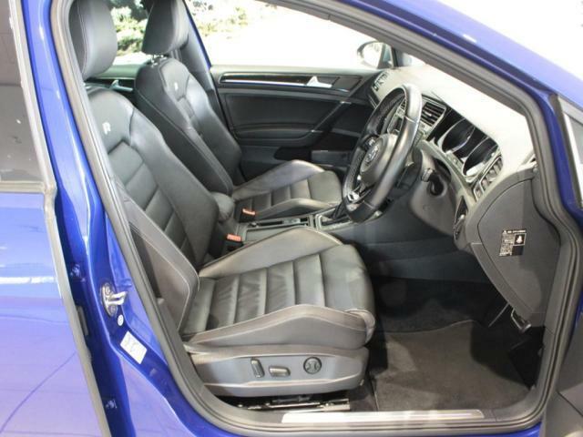 運転席、助手席シートヒーター装備!