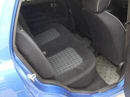 直接肌に触れるシートが汚れていたら嫌ですよね?内装もしっかりケアしております!